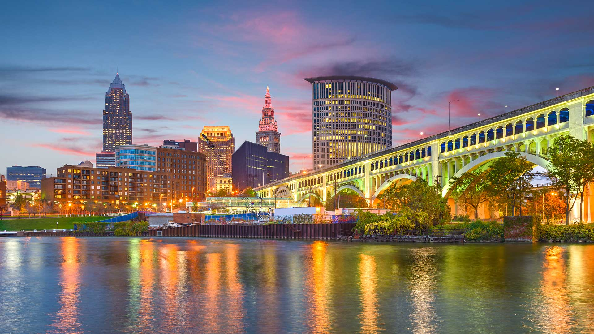 Panorama to illustrate dating in cleveland