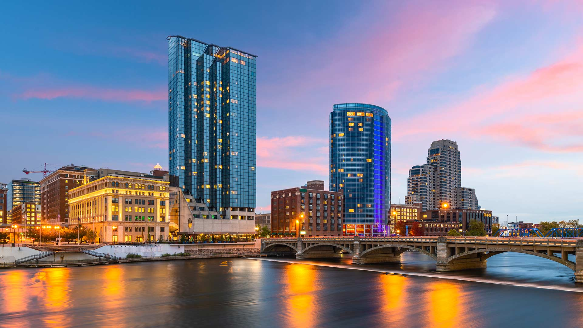 Panorama to illustrate dating in grand rapids