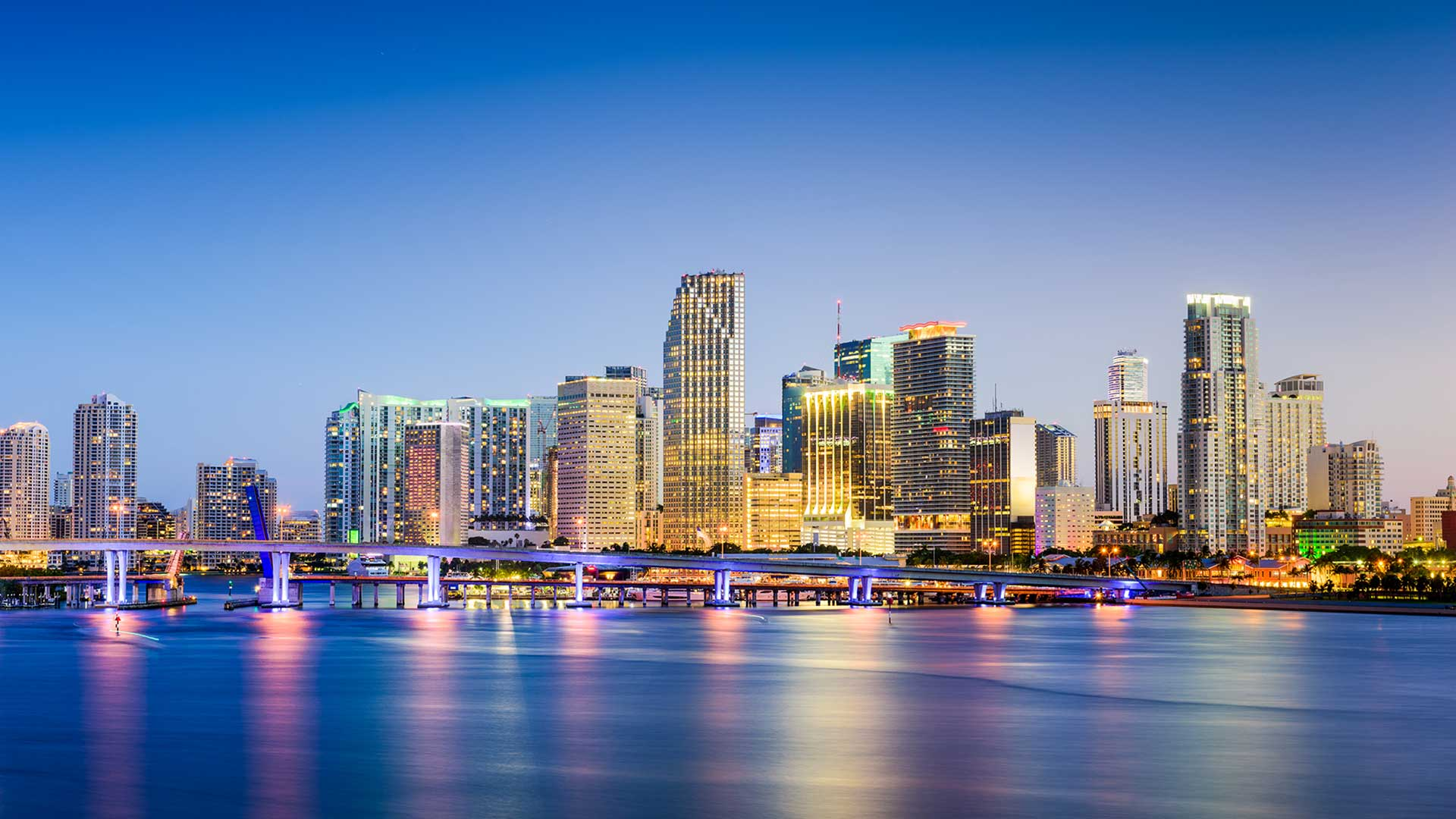 Panorama to illustrate dating in miami