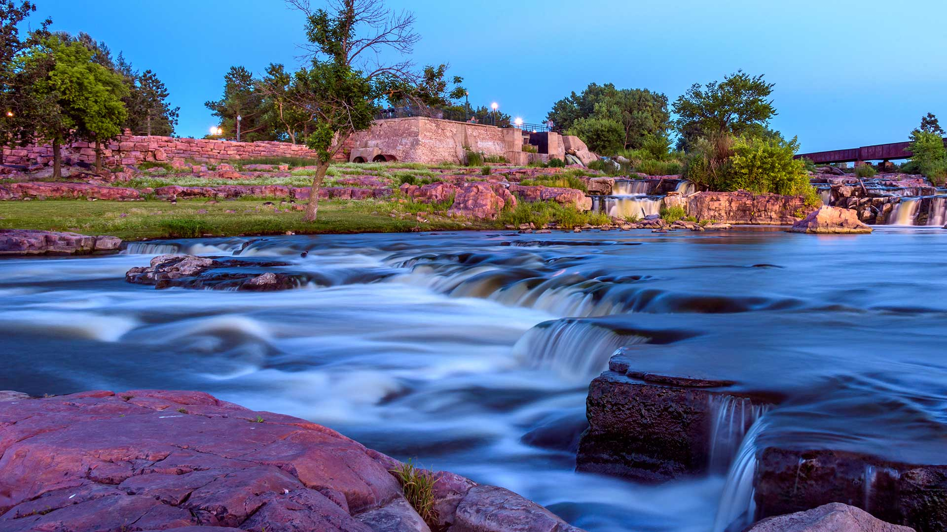 Panorama to illustrate dating in sioux falls